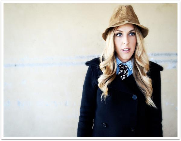 """woody allen movies, diane keaton style, menswear style, hats, vintage, ties trend, 70's style"""
